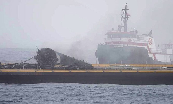 Clip tên lửa đẩy Falcon-9 đáp xuống dàn phóng ở biển thất bại ảnh 6