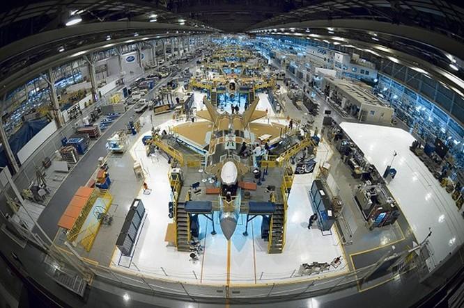 Chíp của iPhone 6 mạnh gấp 2.700 lần chip của máy bay F-22 ảnh 2