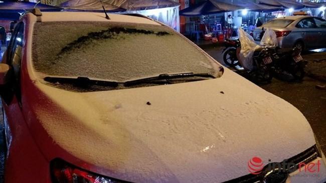 Miền Bắc rét buốt, những clip đầu tiên về tuyết rơi ở Sapa ảnh 7