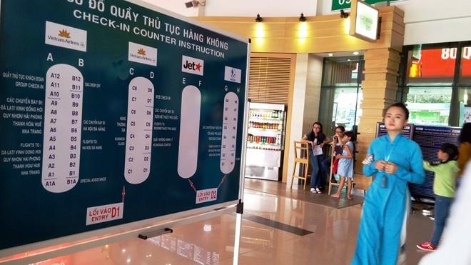 100.000 người về Tết/ngày, nhà ga Tân Sơn Nhất quá tải ảnh 3