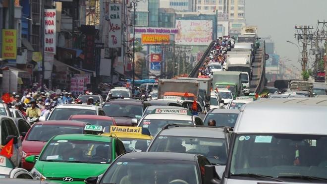 100.000 người về Tết/ngày, nhà ga Tân Sơn Nhất quá tải ảnh 2