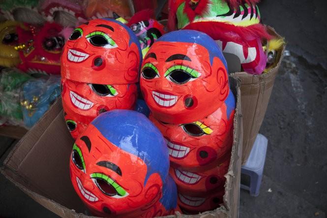 Sài Gòn rộn ràng lân tết ảnh 3