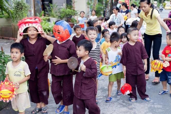 Sài Gòn rộn ràng lân tết ảnh 5