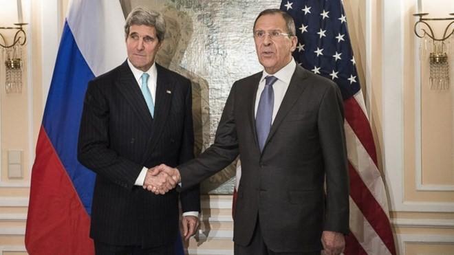 """Hô đánh IS, Mỹ lại muốn Nga """"nghiêm túc"""" ngừng không kích ở Syria ảnh 1"""