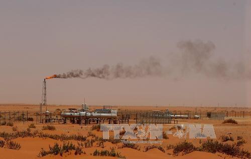 Cơ sở khai thác dầu của Công ty Aramco ở Khouris, Saudi Arabia. Ảnh: AFP/TTXVN.