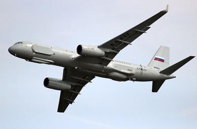 """""""Soi"""" máy bay trinh sát tối tân Tu-214R Nga vừa điều tới Syria ảnh 1"""