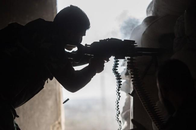 Cuộc sống trong làn đạn ở Aleppo ảnh 2
