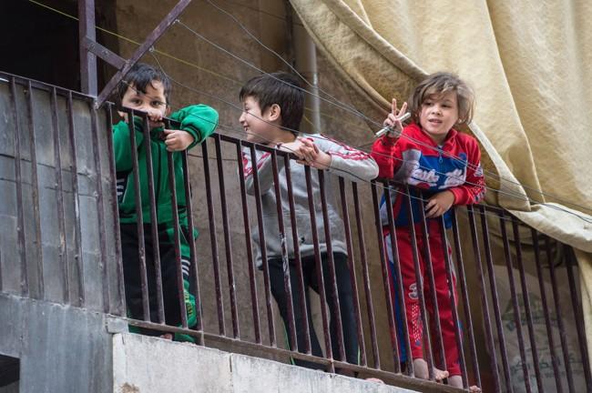 Cuộc sống trong làn đạn ở Aleppo ảnh 3