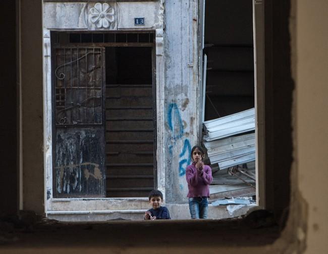 Cuộc sống trong làn đạn ở Aleppo ảnh 6
