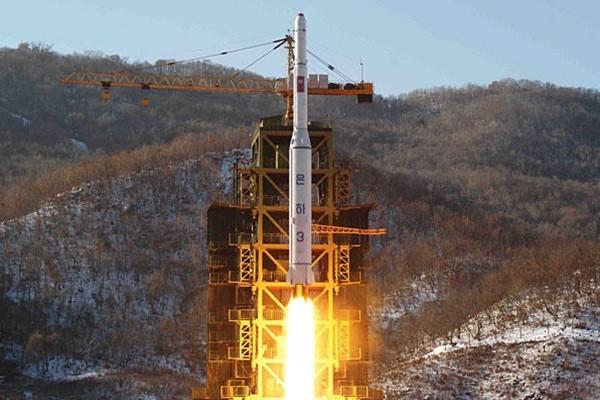 Triều Tiên lại sắp thử tên lửa tầm xa ảnh 1