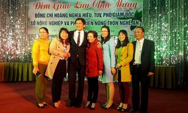 Sở Nông nghiệp Nghệ An mở tiệc linh đình mừng Phó GĐ mới ảnh 3