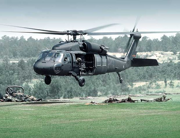 """Video Uy lực đáng sợ trực thăng """"diều hâu đen"""" UH-60 của Mỹ ảnh 4"""