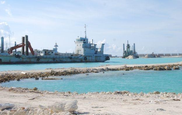 Cận cảnh những việc làm phi pháp của TQ ở đảo Phú Lâm ảnh 1