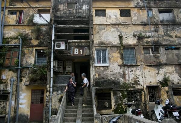 Đắt nhất Hà Nội: 2 tỷ mua căn hộ nát 20m2 ảnh 1