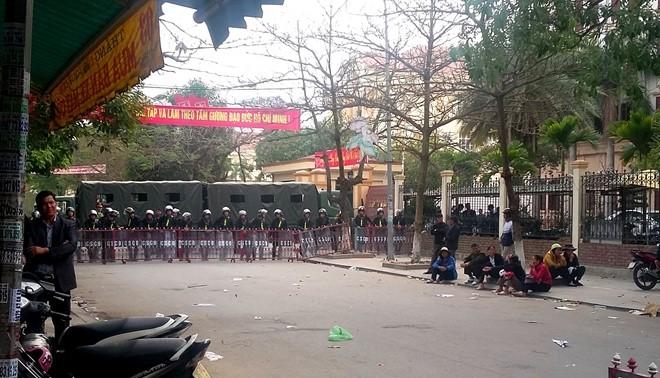 Ngày thứ 8 dân đòi bãi biển, Thanh Hóa tăng cường an ninh ảnh 1