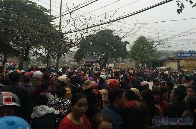 Sầm Sơn, Thanh Hóa: Nghi vấn kẻ lạ mặt đánh người, nổ súng trong nhà dân ảnh 2
