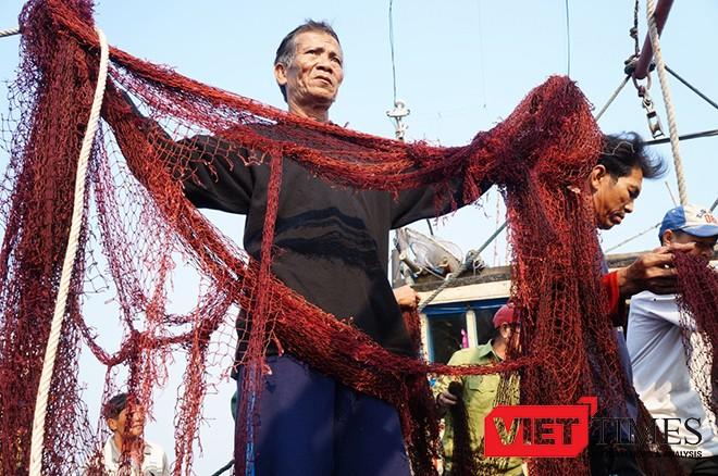 Căm phẫn tàu hải cảnh Trung Quốc tấn công, cướp phá tàu cá Quảng Nam ảnh 1