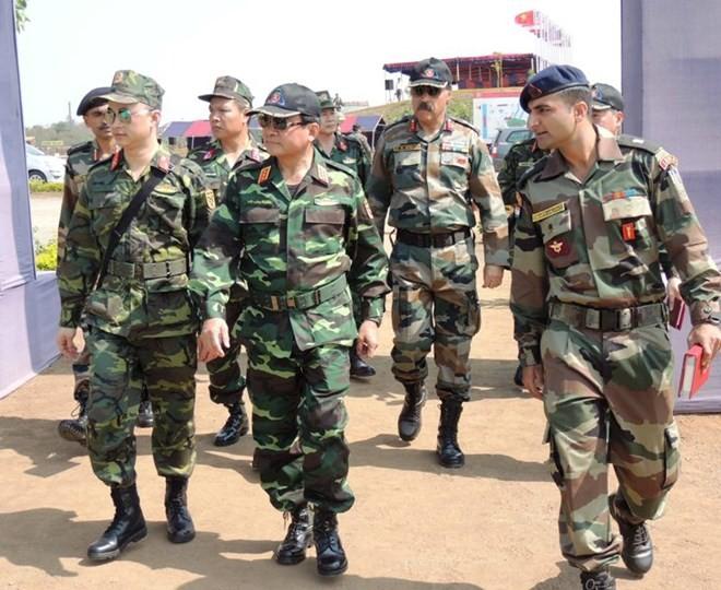 Hình ảnh quân đội Việt Nam tham gia diễn tập thực binh quốc tế FORCE 18 ảnh 2