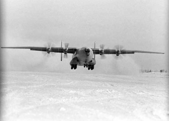 """Top 7 máy bay """"kì cựu"""" nhất của Nga ảnh 7"""