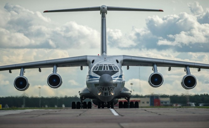 """Top 7 máy bay """"kì cựu"""" nhất của Nga ảnh 3"""