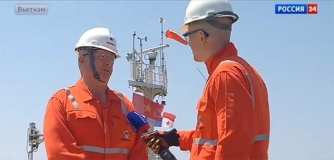 Video cận cảnh dàn khoan dầu khí của Nga trên biển Việt Nam ảnh 2