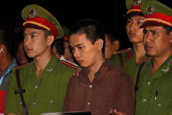 Hơn 10.000 người ký tên xin cho Vũ Văn Tiến thoát án tử vụ 'thảm sát Bình Phước' ảnh 1