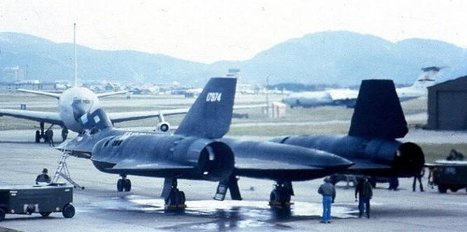 Lần hạ cánh khẩn của máy bay SR-71 khi đang do thám Liên Xô ảnh 7