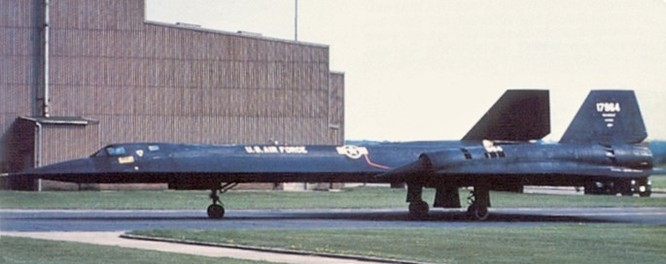 Lần hạ cánh khẩn của máy bay SR-71 khi đang do thám Liên Xô ảnh 6