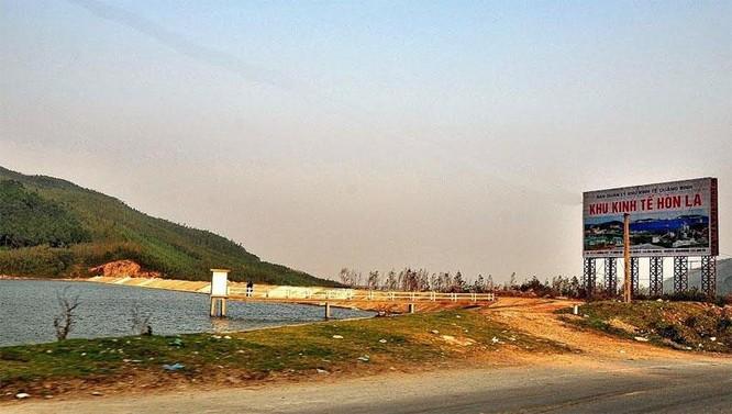 Xin FLC hỗ trợ 10 tỷ đồng trồng cây xanh, Chủ tịch huyện Quảng Trạch (Quảng Bình) bị phê bình ảnh 1