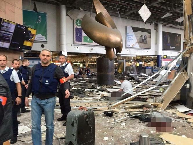 Tấn công khủng bố liên tiếp ở Bỉ: 34 người chết ảnh 2