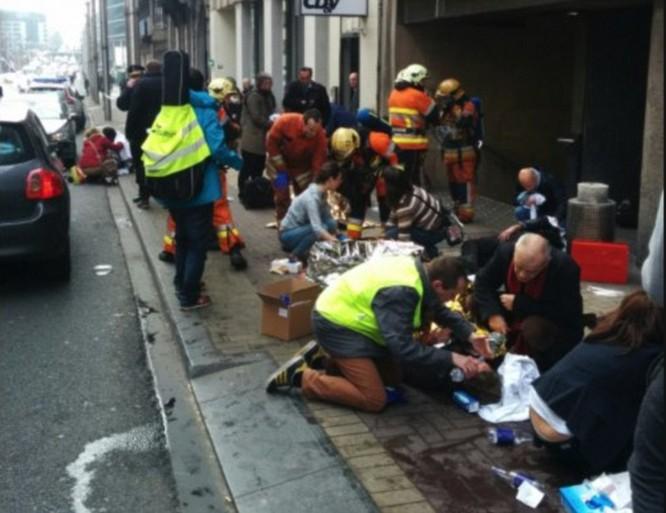 Tấn công khủng bố liên tiếp ở Bỉ: 34 người chết ảnh 5