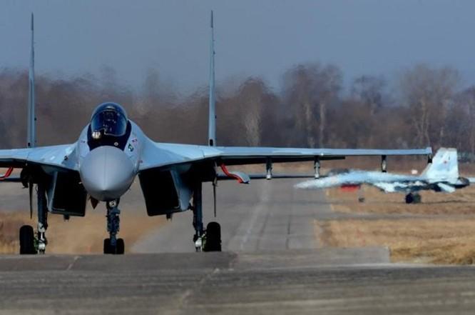 Báo Nga: Việt Nam sẽ mua 1 phi đội tiêm kích Su-35 ảnh 1