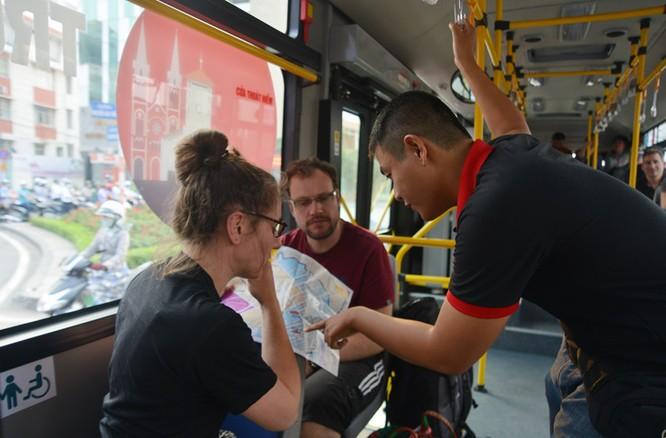 Khám phá xe buýt 5 sao xịn nhất Sài Gòn ảnh 13