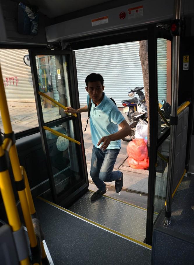 Khám phá xe buýt 5 sao xịn nhất Sài Gòn ảnh 7
