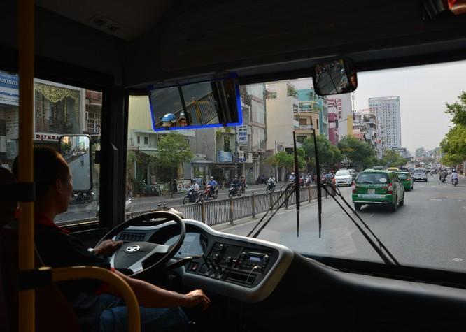 Khám phá xe buýt 5 sao xịn nhất Sài Gòn ảnh 8