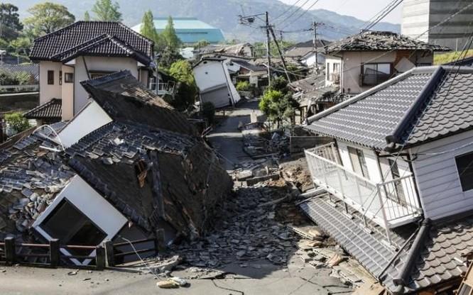 Đây là trận động đất đầu tiên đạt mức cao tối đa 7 độ theo thang đo động đất của Nhật Bản kể từ thảm họa động đất sóng thần ở miền Đông Bắc nước này ngày 11/3/2011.