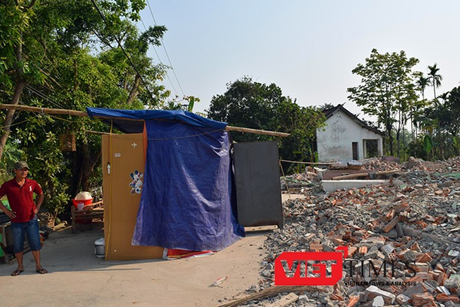 Thông báo của Trung tâm khai thác Quỹ đất TP Đà Nẵng khiến hơn chục hộ dân lâm vào cảnh màn trời chiếu đất.