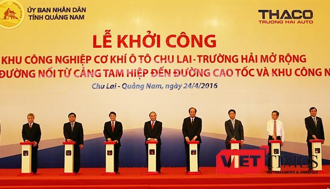 Thủ tướng Nguyễn Xuân Phúc cùng lãnh đạo các bộ ngành Trung ương tại lễ khởi công Dự án mở rộng Khu công nghiệp cơ khí ô tô Chu Lai-Trường Hải