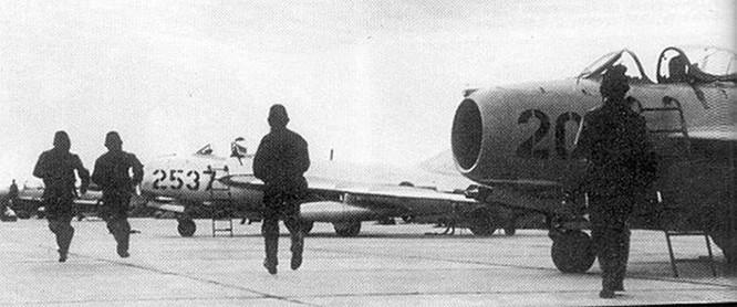 Báo Nga: Phi công Liên Xô tham gia bắn rơi F-105 Mỹ ở Việt Nam ảnh 2