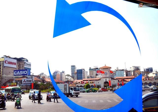 """Xe buýt """"5 sao"""" ở sân bay Tân Sơn Nhất: Tây khen, ta... chê? ảnh 4"""