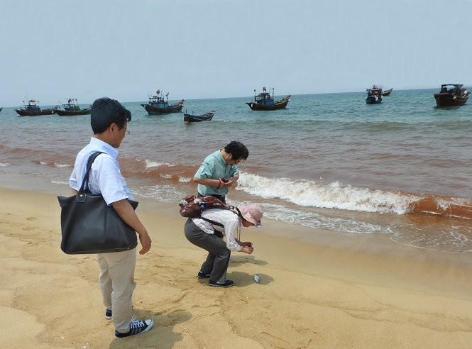 Sau Formosa, sẽ kiểm tra 2 doanh nghiệp xả thải ra biển ảnh 1