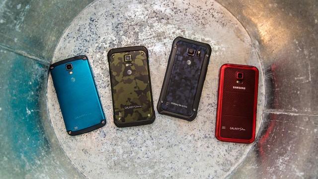 Hè này hãy an tâm đi bơi cùng loạt smartphone chống nước sau đây ảnh 2