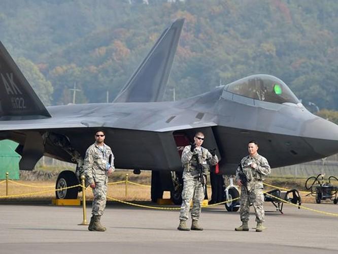 Mỹ thử nghiệm chương trình triển khai tốc hành F-22 đối phó Nga, Trung Quốc ảnh 2