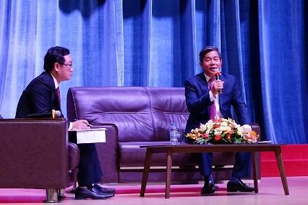 Nguyên bộ trưởng KH-ĐT Bùi Quang Vinh: 'Nếu không đổi mới, VN sẽ thua Lào, Campuchia' ảnh 1