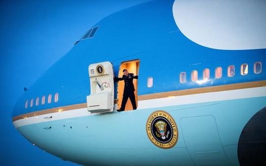 """Chuyên cơ Tổng thống Obama """"xài"""" dịch vụ gì ở Việt Nam? ảnh 1"""