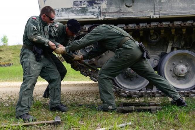 Video Thi đấu xe tăng NATO, đội Mỹ trắng tay ảnh 4