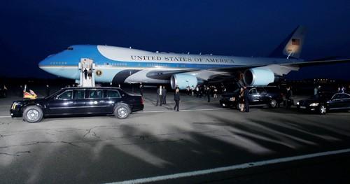 """""""Đóng cửa"""" sân bay Nội Bài đón chuyên cơ của ông Obama ảnh 1"""