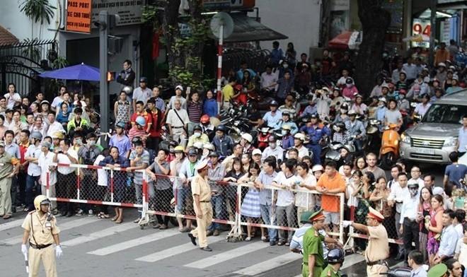Sài Gòn nồng nhiệt chào đón Tổng thống Obama ảnh 10