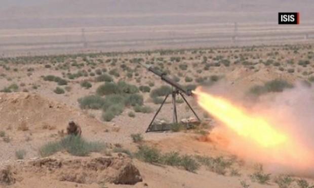 Nga phủ nhận thông tin bị IS tấn công hủy diệt hàng loạt trực thăng chiến đấu ảnh 1