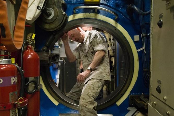 Cuộc sống bên trong một tàu ngầm hạt nhân Mỹ ảnh 4